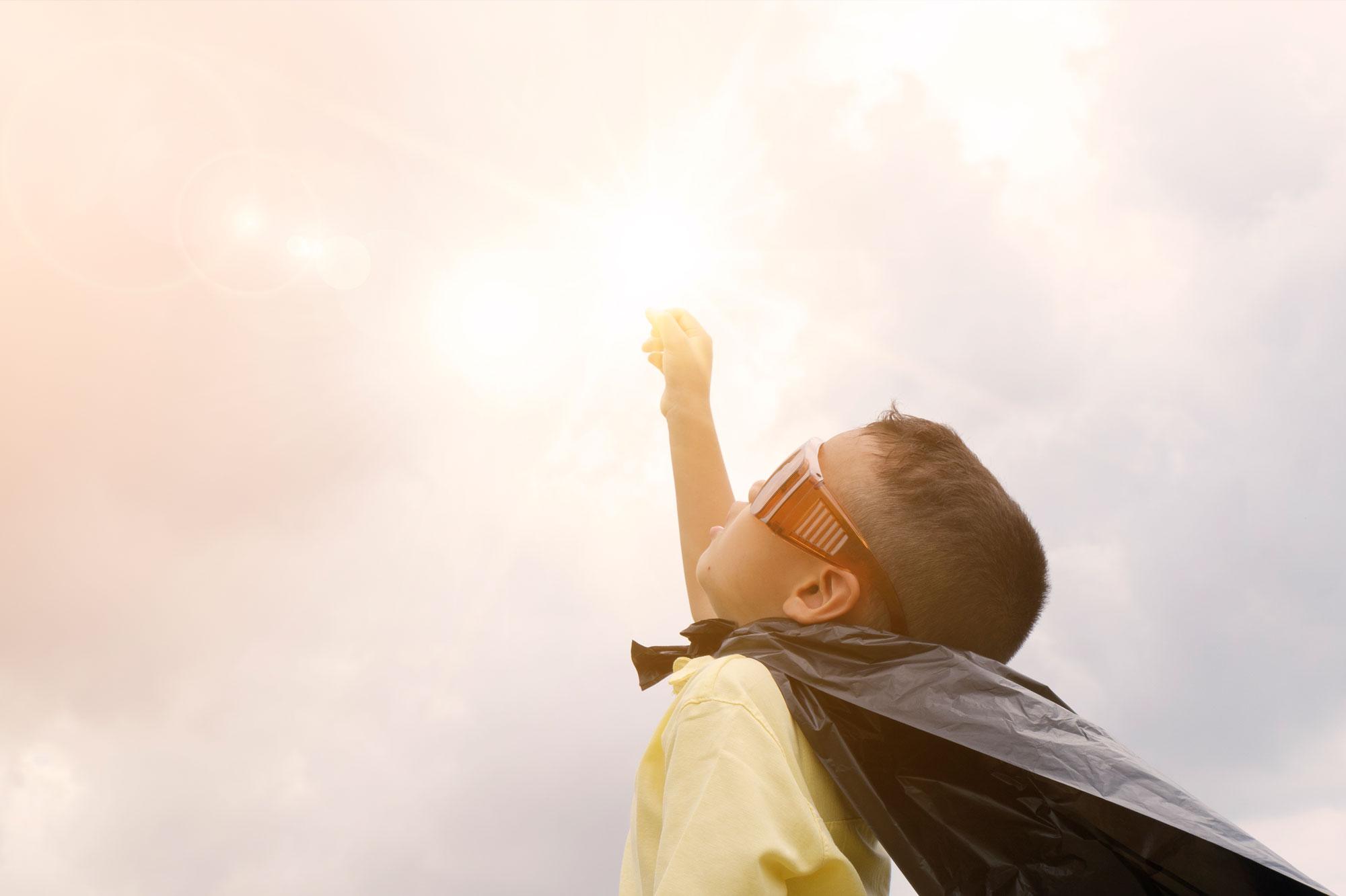 La Importancia De Las Gafas De Sol Para Los Niños