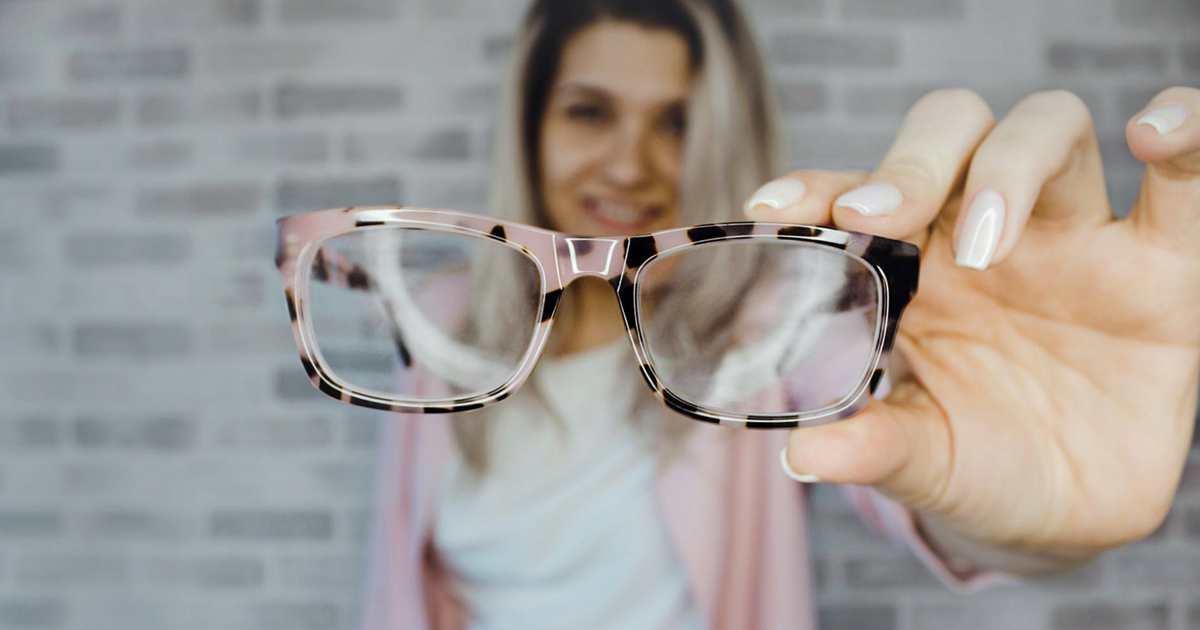 Portada Cómo Elegir El Color De Gafas Con Cinco Claves.