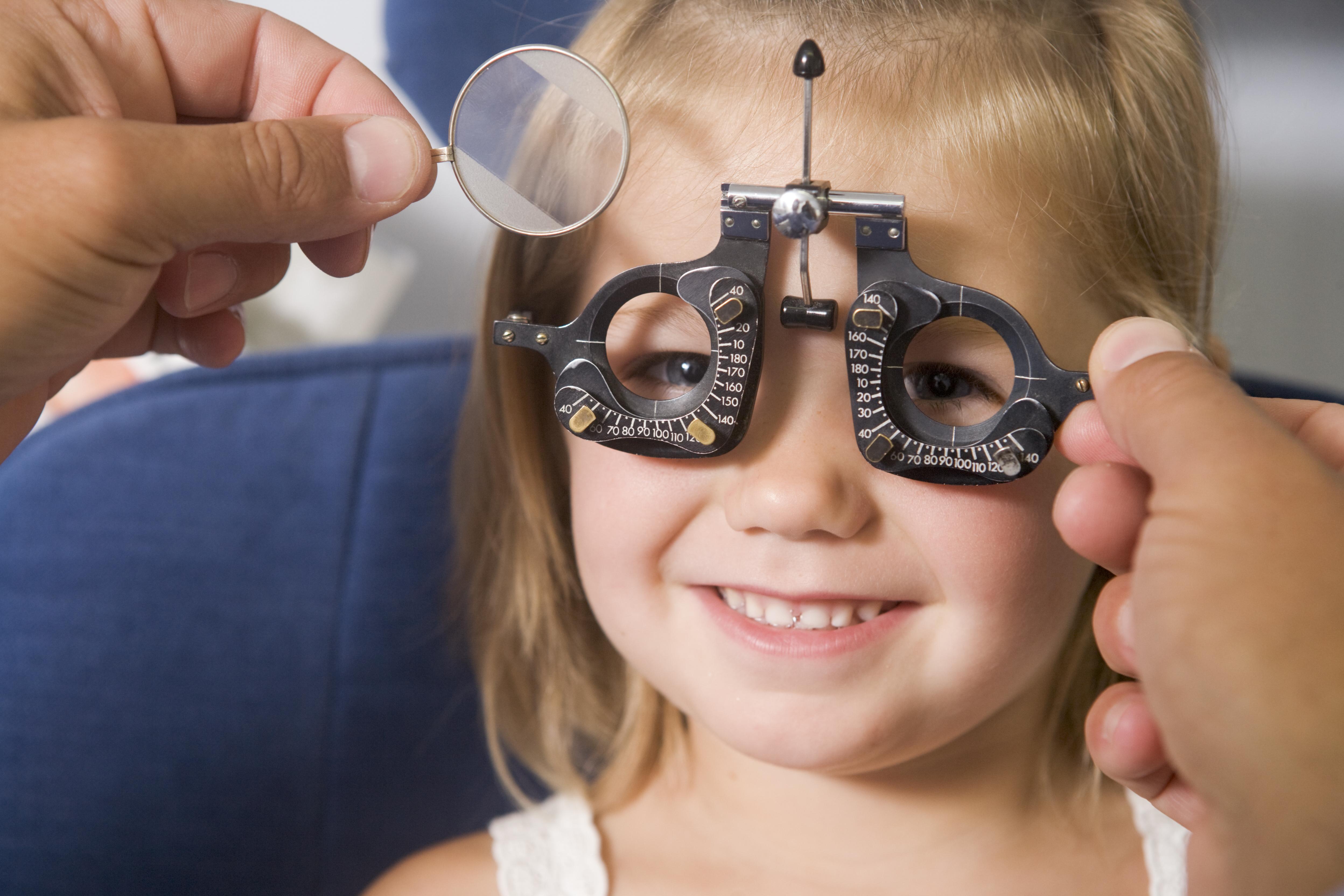 Imagen miopía infantil: sus causas y síntomas